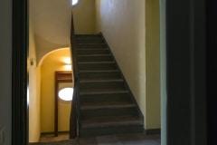 6. Le scale. Foto Max Ferrero